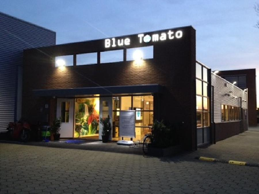 Blue Tomato (B.V.) coffee shop